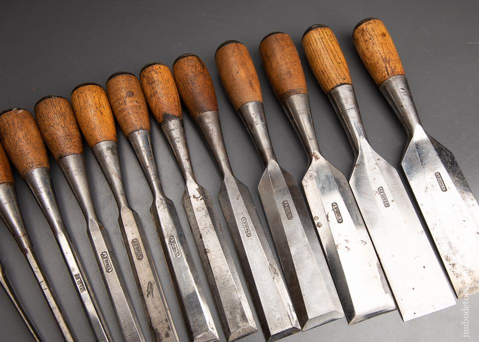 Excellent STANLEY No. 310 Set of 12 No. 40 Cabinet Chisels - 93053