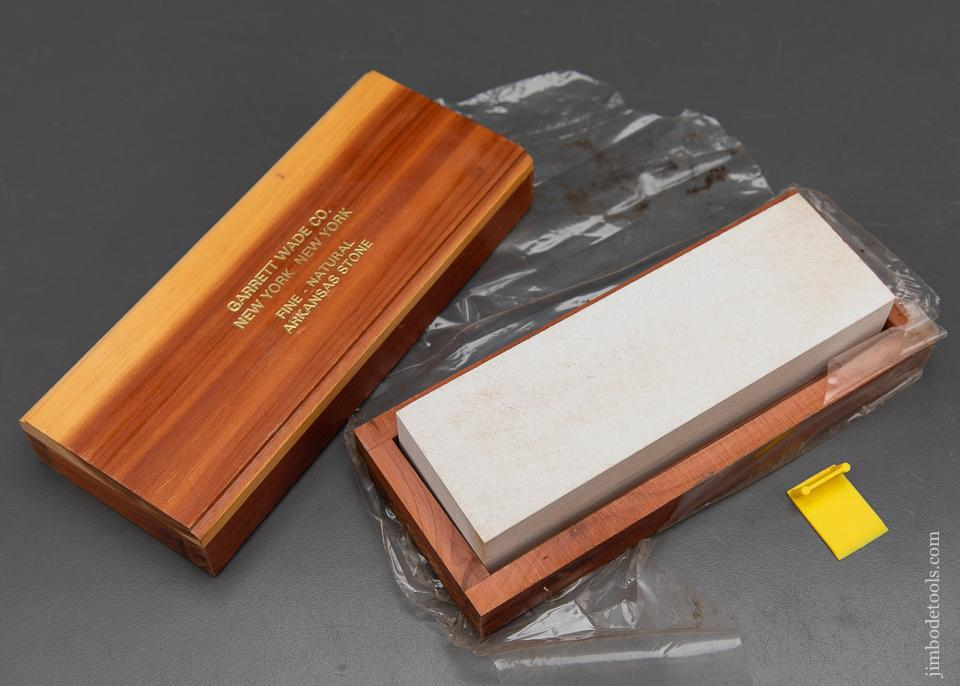 NEW OLD STOCK Fine - Natural GARRETT WADE CO Arkansas Sharpening Stone in Original Wooden Box - 93933