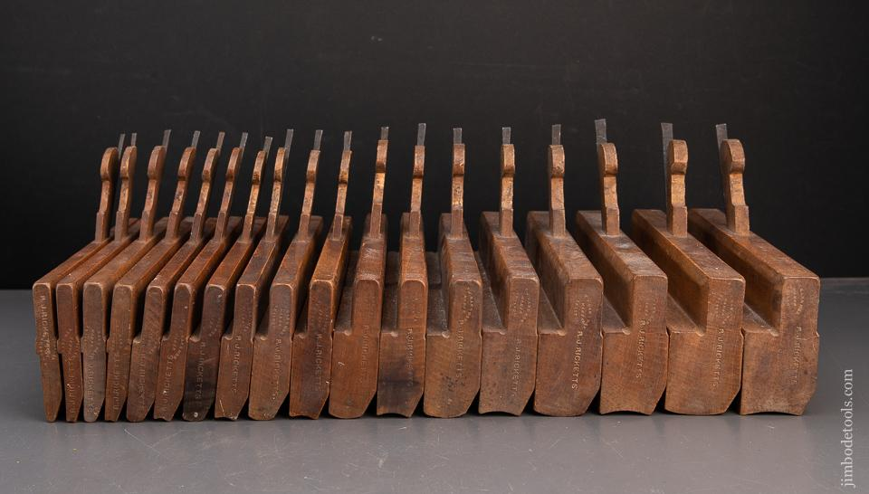 FINE & COMPLETE! Matched Set of Eighteen Hollows & Rounds Moulding Planes SKEWED - 94019