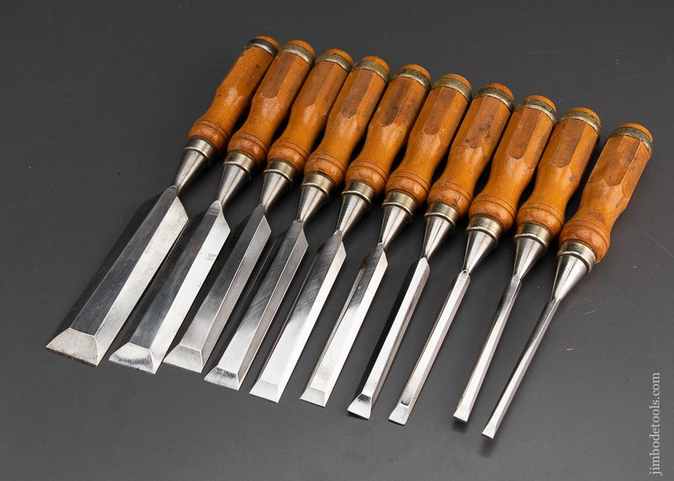Extra Fine Set of 10 Boxwood Handled Bench Chisels by FREUD - 94778