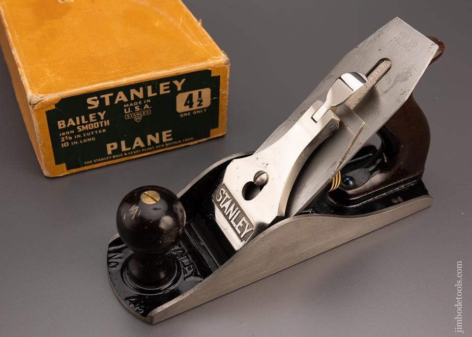 STANLEY No. 4 1/2 JUMBO Smooth Plane Mint in Box - 97874