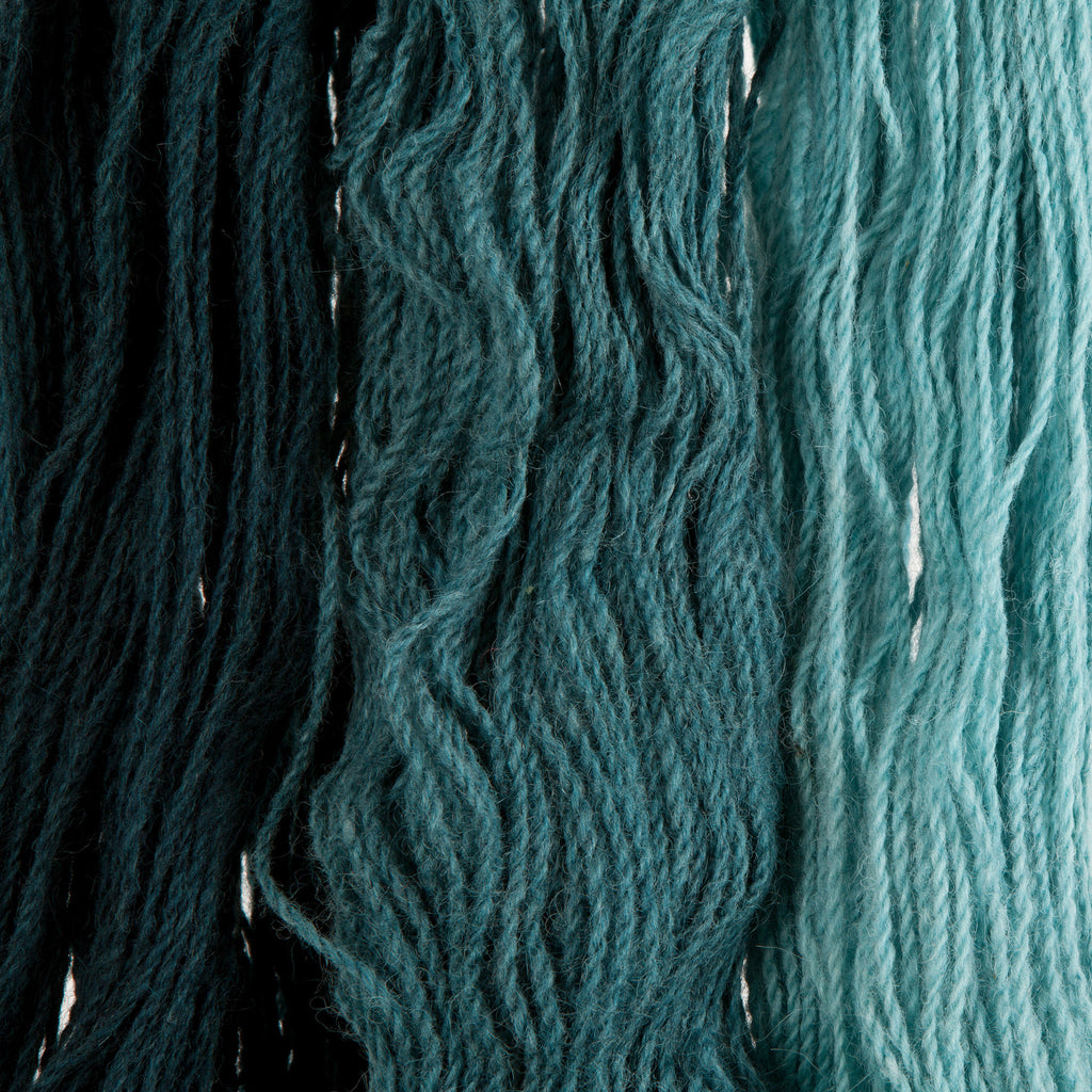 Teal, Hand-dyed 2-ply Tapestry Yarn