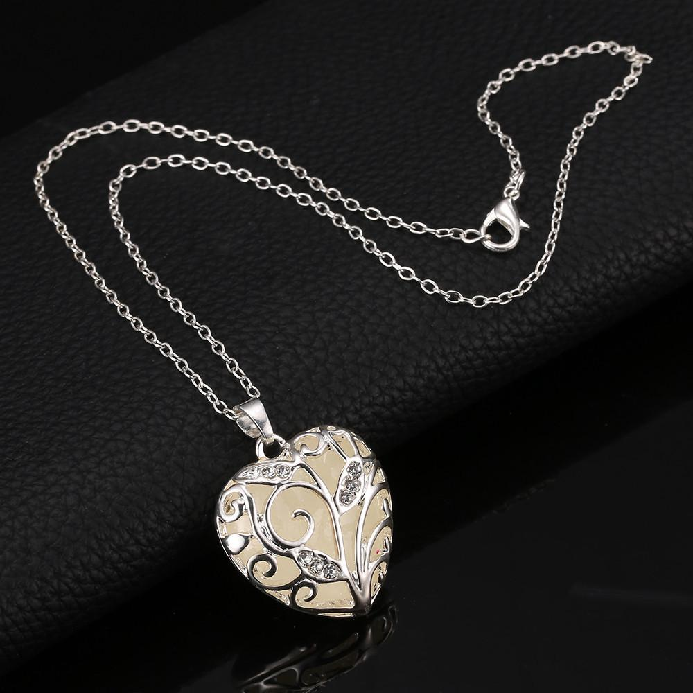 Magic Medallion Oil Glitter Diffuser Necklace