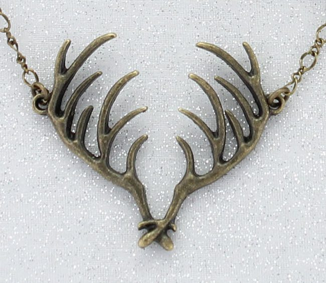 "Vintage Style Antler 18"" Necklace"
