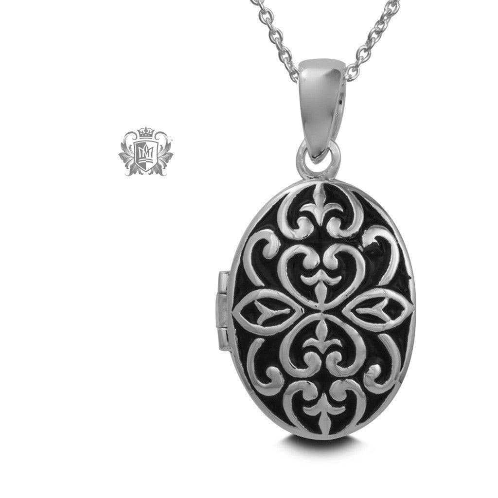 Celtic Pattern Locket - Metalsmiths Sterling™ Canada