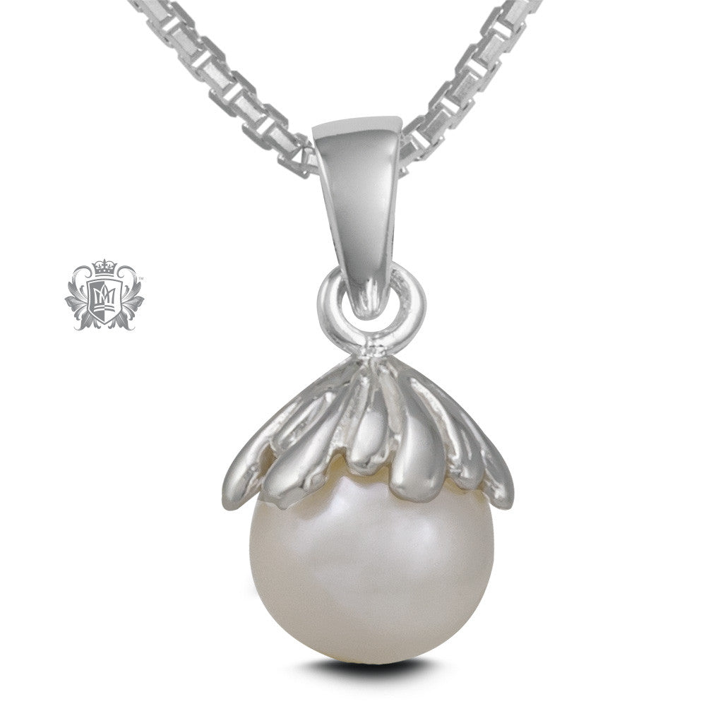 Blooming Pearl Drop Pendant
