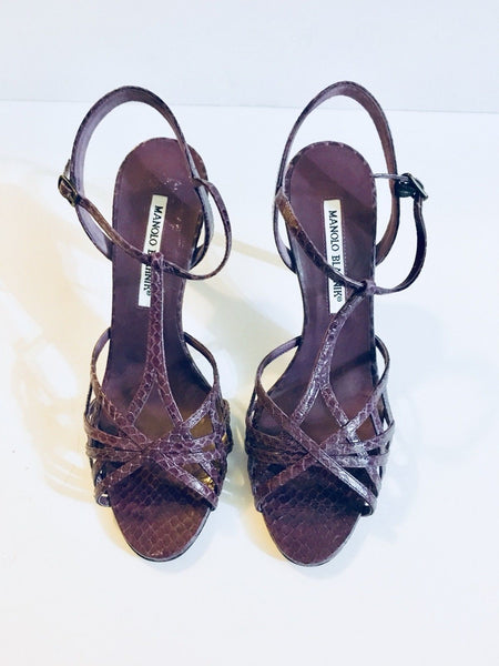 Authentic MANOLO BLAHNIK Snakeskin Purple Shoes Size 37.5 US 7.5