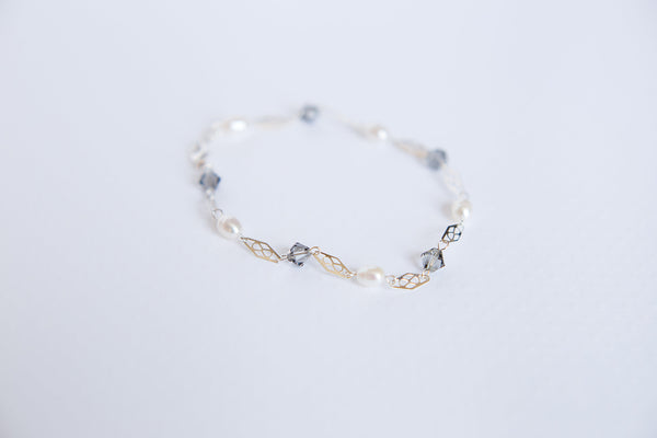 Delicate silver freshwater pearl bracelet with filigree links by J'Adorn Designs custom jewelry