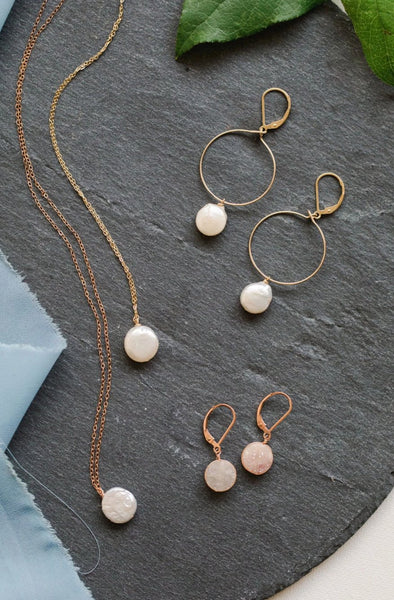 Pearl Pendant Necklace in Rose Gold
