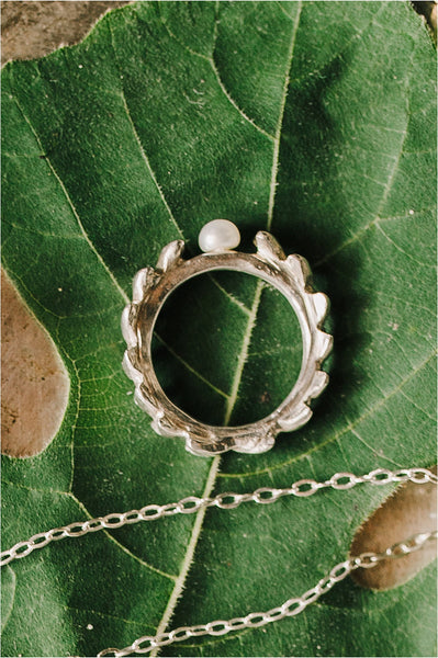 Sterling silver laurel wreath ring with freshwater pearl. Handcrafted nature inspired jewelry by J'Adorn Designs artisan Alison Jefferies.