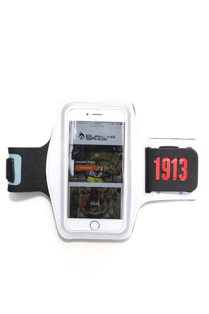 Road Tripper 1913 smartphone armband case, white