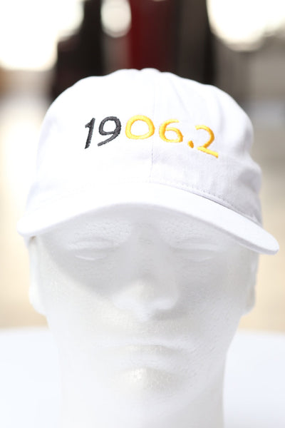 1906.2 10K polo dad hat, white