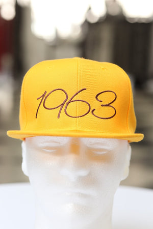 1963 Classic fitted, gold