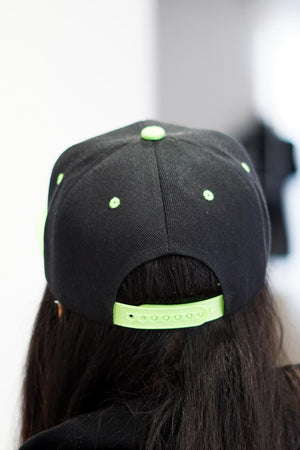 Whip It! AKA snapback, black/green/pink
