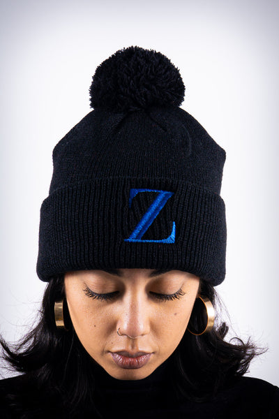 Z for Zeta pom-pom beanie, black