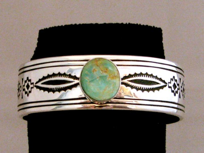 Native American Navajo Made Cuff with Round Kingman Turqouise Solitaire