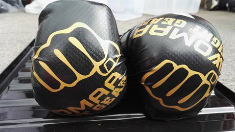 Black/Gold Points Gloves