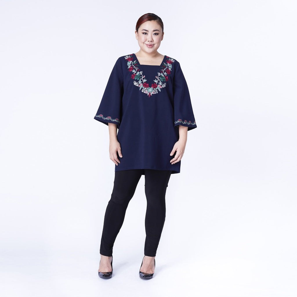 V-NECK EMBROIDERY TUNIC