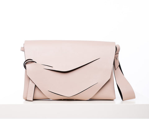 Boomerang Hybrid Bag in Nude