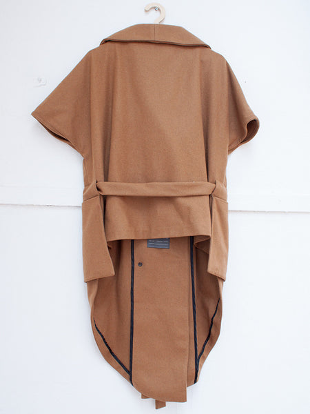 HOPE cape coat brown | CUSTOMER ARCHIVE - DAMAGE Playground