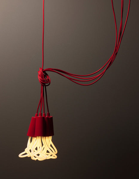 Drop Cap Red | PLUMEN