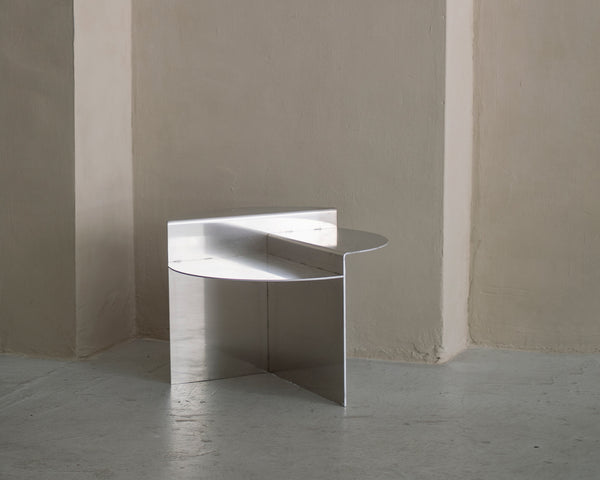 Rivet Side Table | FRAMA COLLECTION