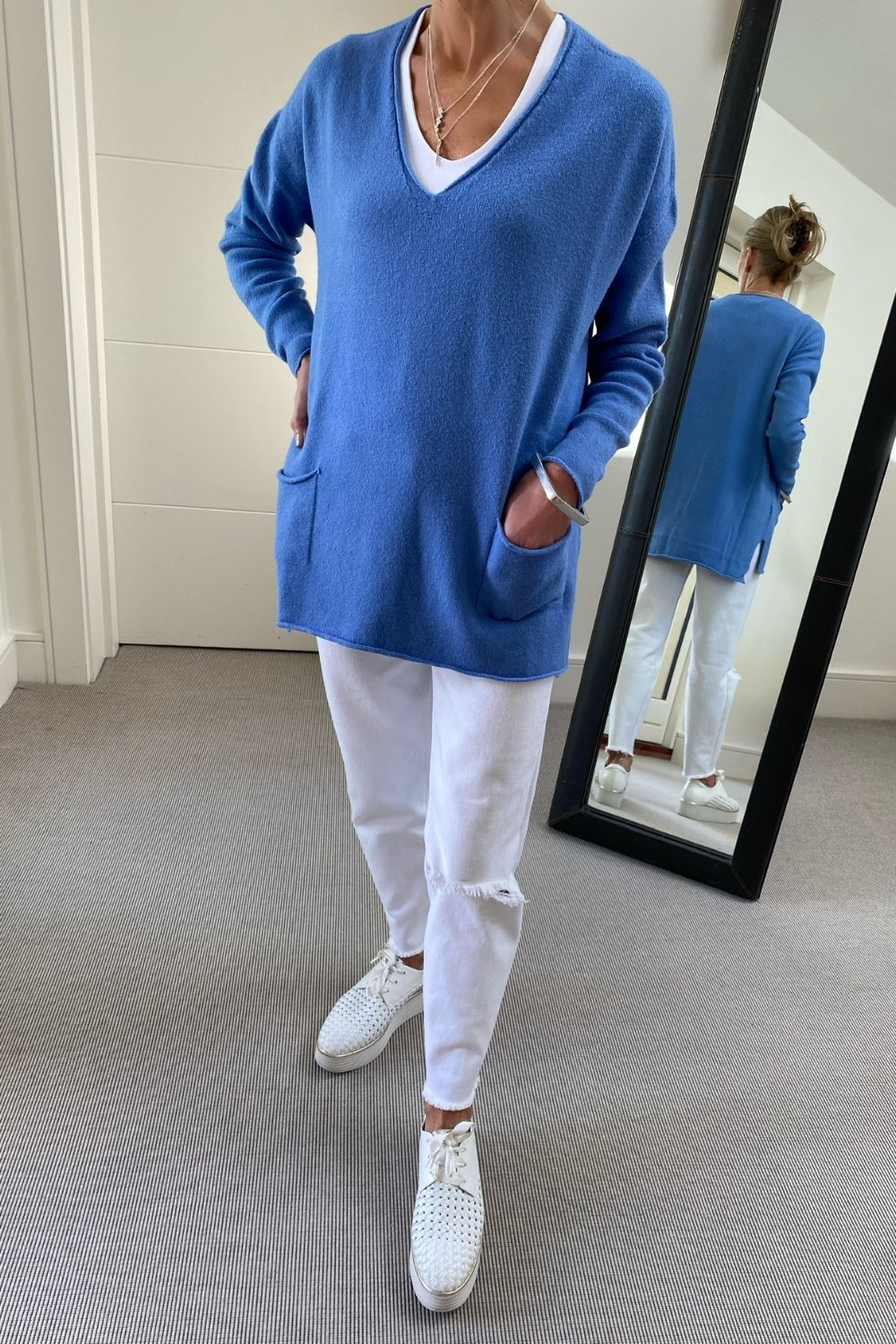 New Oversize V-Neck Two Pocket Sweater in Cornflower Blue