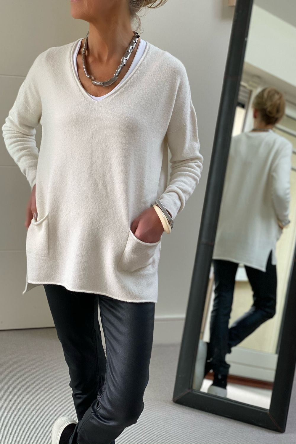 Soft Cream Oversize V-Neck Two Pocket Sweater