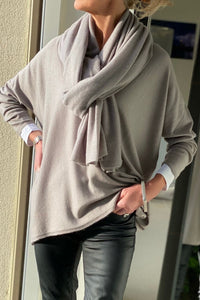 Cashmere V Neck in Warm Taupe