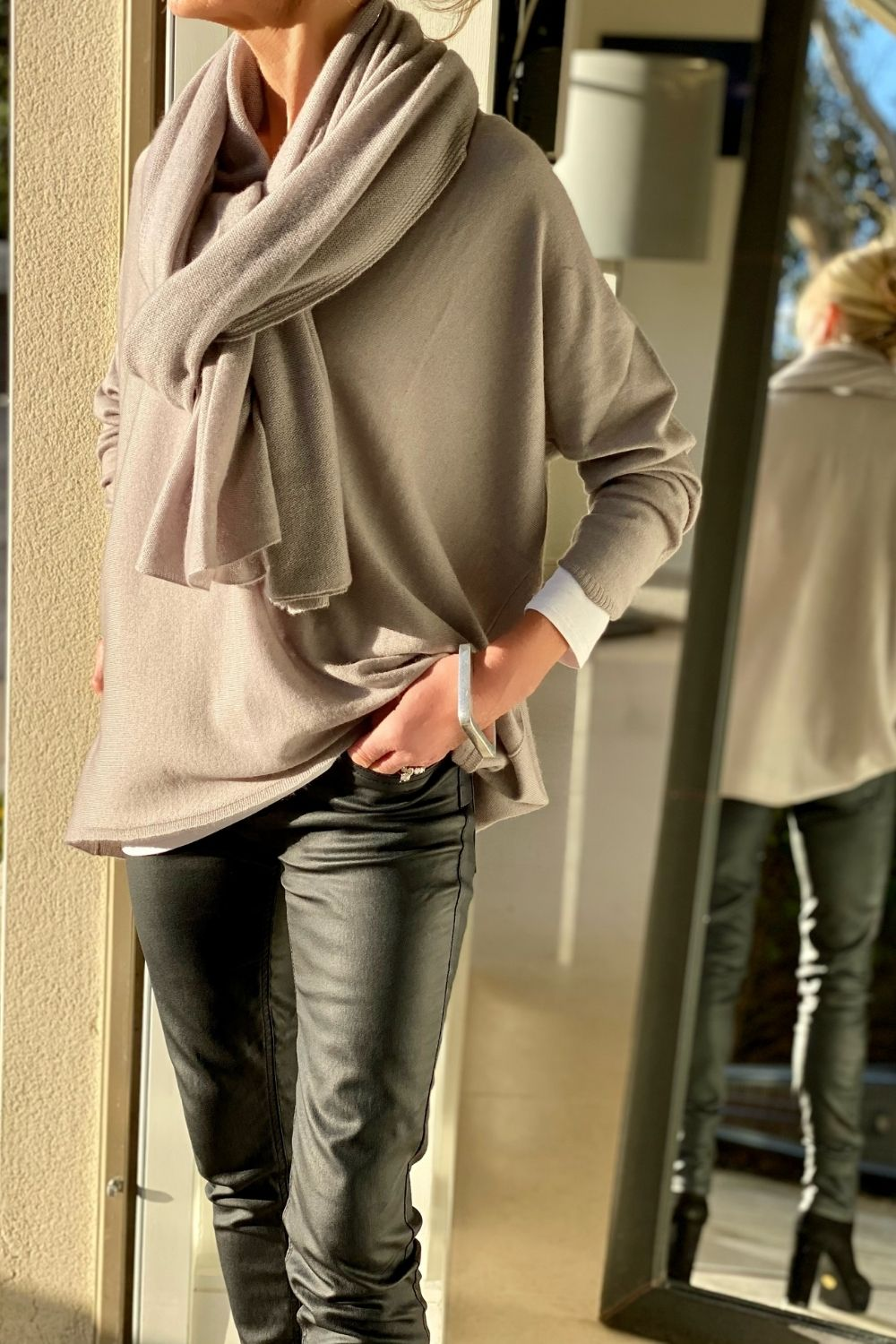 Cashmere Big Wrap in Warm Taupe