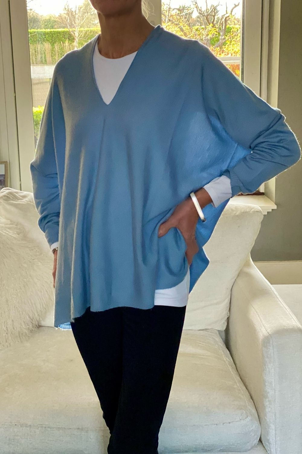 Cashmere V Neck Wedgewood Blue