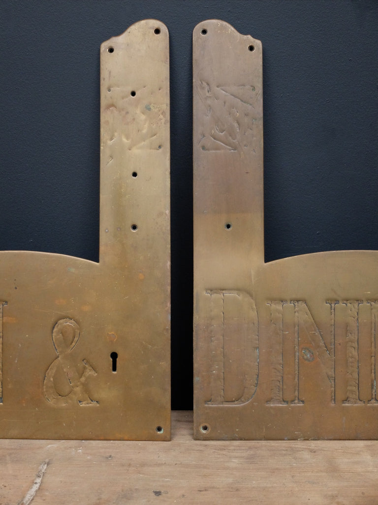 Salon and Dining Room Finger Plates