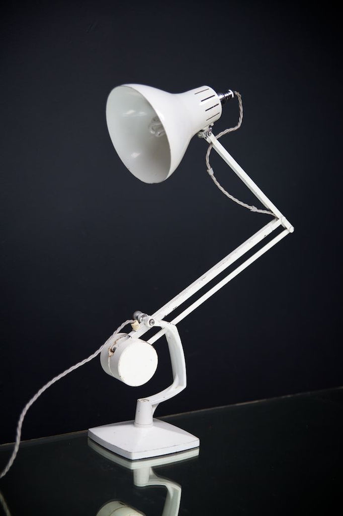 White Counterpoise Lamp