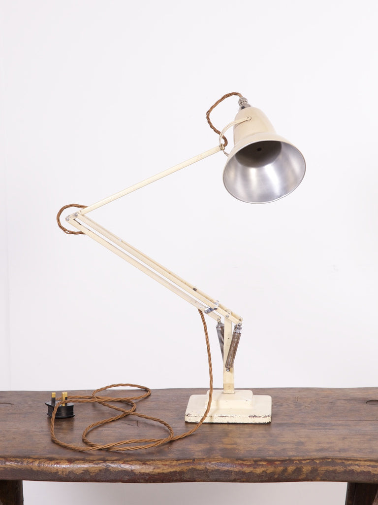 Two Step Anglepoise