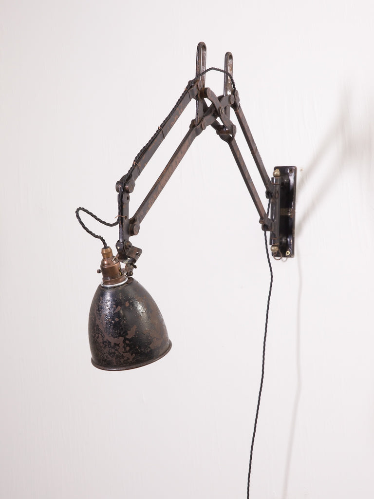 Industrial Scissor Light