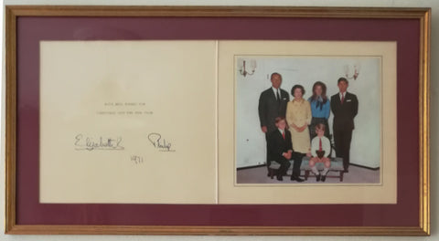 ELIZABETH II & PRINCE PHILIP - Christmas Card Signed 1971