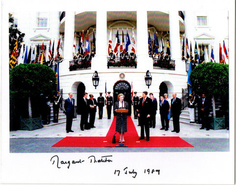 THATCHER Margaret - Photograph Signed at the White House 1987