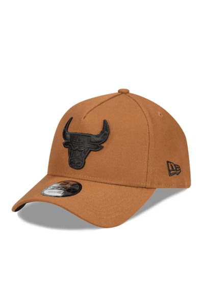MITCHELL & NESS HEADWEAR NEW ERA A FRAME CHICAGO BULLS SNAPBACK CAP - CAMEL