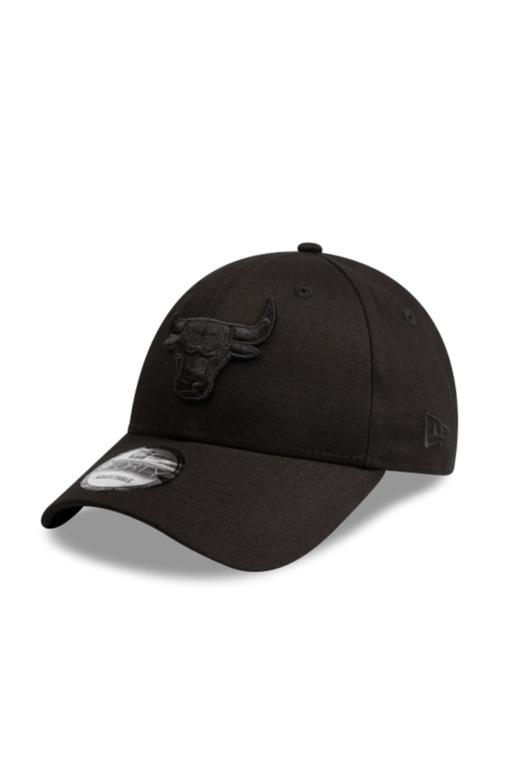 NEW ERA HEADWEAR NEW ERA 9FORTY STRAPBACK CHICAGO BULLS - BLACK/BLACK