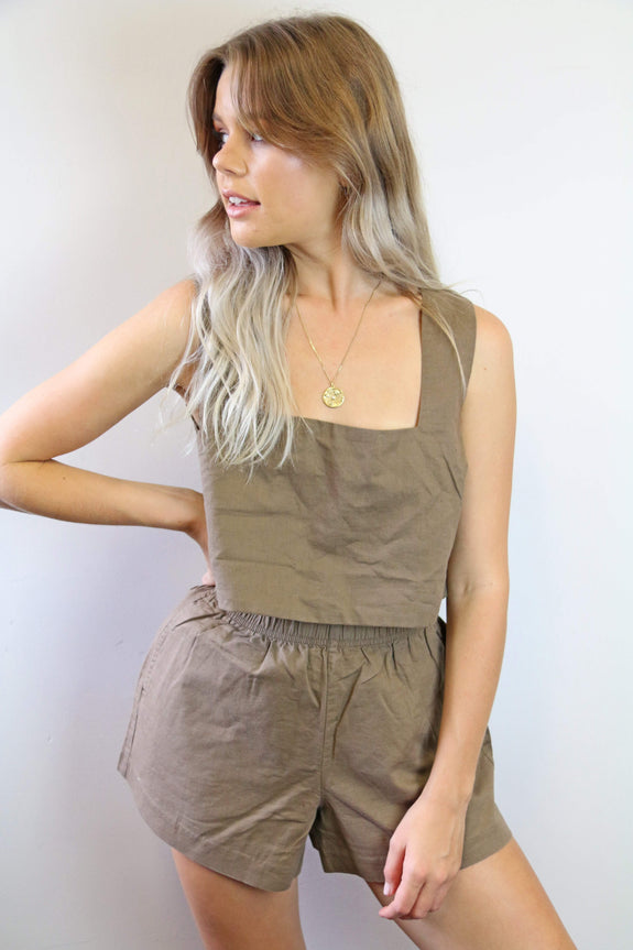 NUDE LUCY TOP NUDE LUCY DARCY LINEN CAMI -  CHOCOLATE