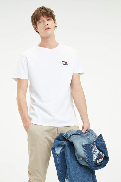 TOMMY JEANS TEES TOMMY JEANS BADGE TEE - WHITE
