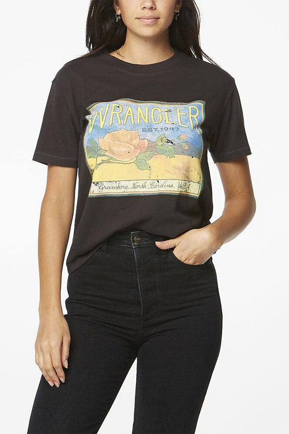 WRANGLER TOPS WRANGLER ROSE IN THE SAND TEE - BLACK