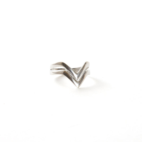 Arrows Sterling Ring
