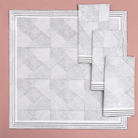 Aztec Grid Block Print Cotton Napkins / 4pc