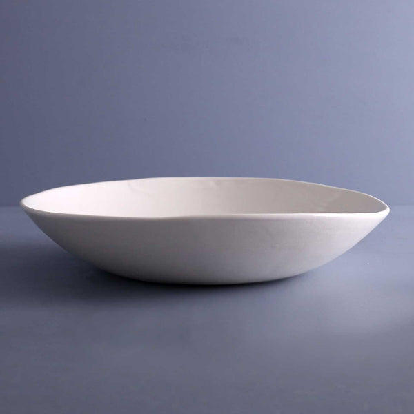 Davistudio Low Serving Bowl / White