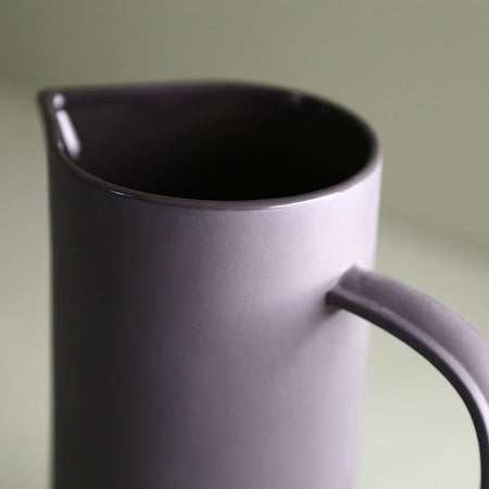Bomshbee Porcelain Charcoal Pitcher