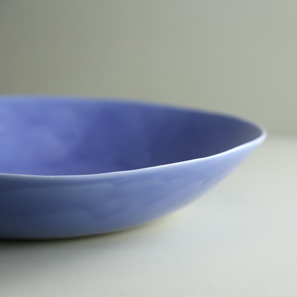Davistudio Low Serving Bowl / Periwinkle