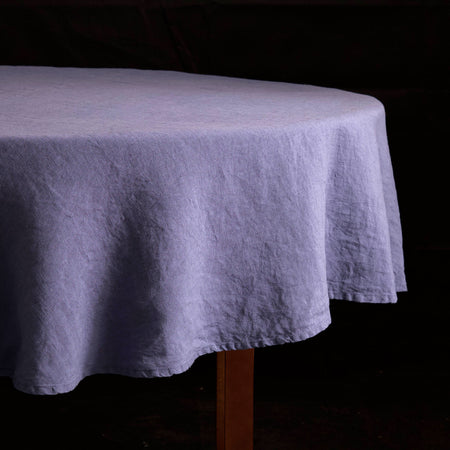 "Stonewashed Linen Tablecloth / 65"" Round Blueberry"
