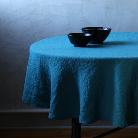 "Stonewashed Linen Tablecloth / 65"" Round Sapphire"