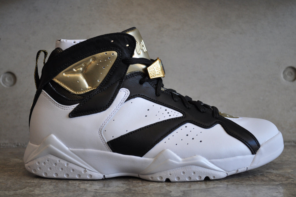 air jordan 7 black and gold